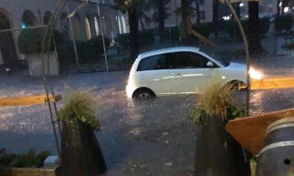 Paura: bomba d'acqua e vento forte sul Lecchese. DOMANI SCUOLE CHIUSE -  FOTO, VIDEO E AGGIORNAMENTI IN TEMPO REALE