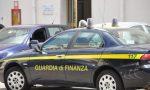 Frode fiscale per emissioni di fatture false: arrestati commercianti d'auto tra Como e Pavia