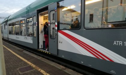 """I pendolari della linea Lecco-Molteno-Como: """"Fino a quando abuserete della nostra pazienza?"""""""