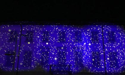 """Luminarie natalizie: a Calolzio si """"accende"""" il Municipio FOTO"""