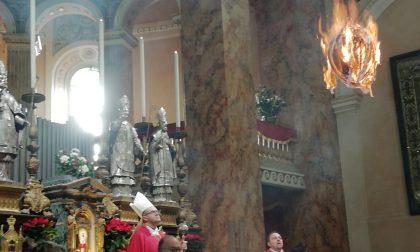 Lecco celebra Santo Stefano con la tradizionale accensione del pallone FOTO