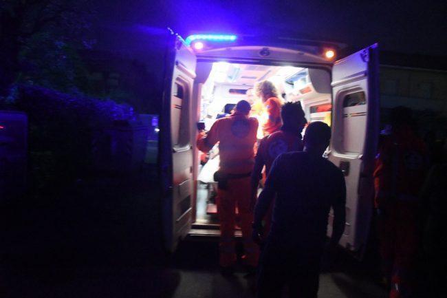 Abuso di alcolici, due ragazzi in ospedale SIRENE di NOTTE