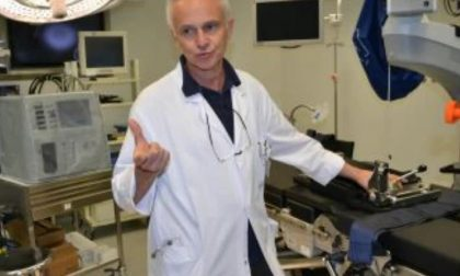 In pensione per legge: lo storico primario va a lavorare in clinica
