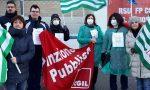 Lavoratori della sanità privata in presidio davanti alla Mangioni di Lecco FOTO