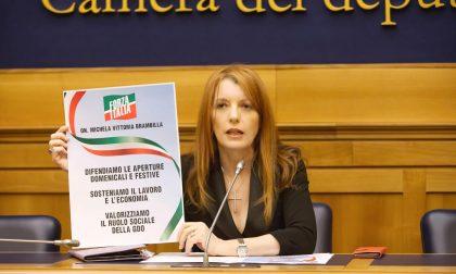 """Michela Vittoria Brambilla contro le chiusure domenicali dei negozi: """"Follia del Governo"""""""