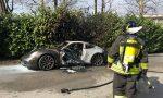 Porsche in fiamme a Sirone: illeso il conducente FOTO E VIDEO
