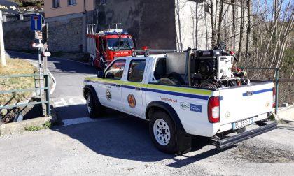 Incendio tra Villa d'Adda e Pontida: Vigili del Fuoco al lavoro. Fiamme anche a Carenno FOTO