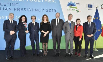 """Lombardia alla guida della Strategia Alpina: """"Puntiamo su sostenibilità e giovani"""""""