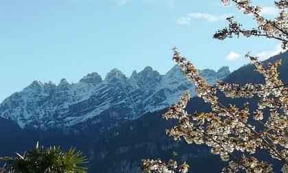 Sole, freddo e neve sui monti: che bel risveglio a Lecco FOTO E PREVISIONI METEO