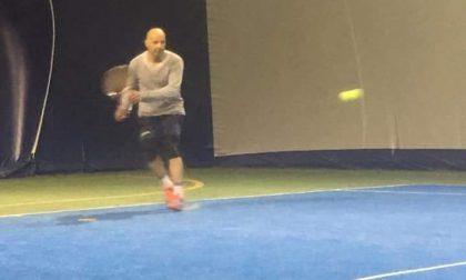Aldo Baglio tennista per un giorno ad Osnago FOTO