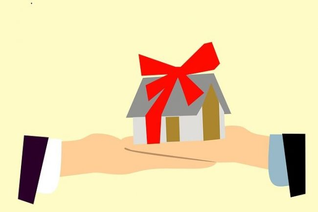 98enne lecchese riceve in dono&#8230&#x3B; tre anni di affitto