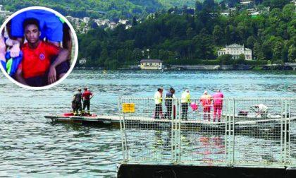 Tragedia a Como: morto dopo un tuffo nel lago per festeggiare la fine della scuola
