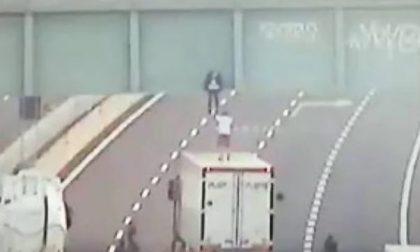 Camionista salva aspirante suicida di 19 anni a Pozzuolo Martesana