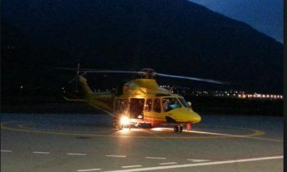 Due malori: si alza in volo anche l'elicottero in notturna SIRENE DI NOTTE