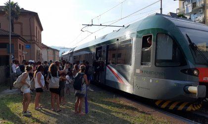 """""""Lasciati a terra dal treno: è così che si incentiva il turismo?"""" LA TESTIMONIANZA DI UNA FAMIGLIA"""