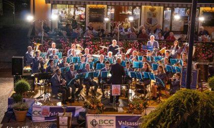 Piazza Garibaldi piena per il concerto di Ferragosto FOTO
