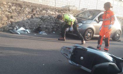 Incidente a Lezzeno: terribile schianto tra auto e moto FOTO