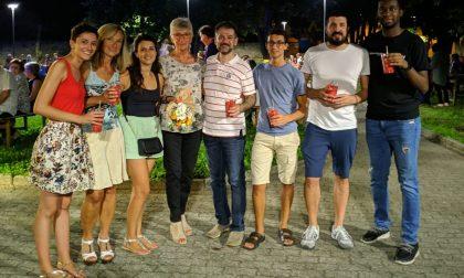 Festa per chi resta a Barzago: un successo strepitoso