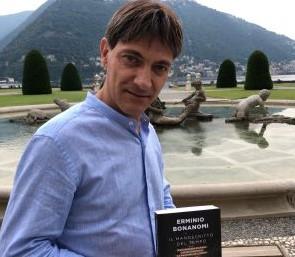 """Incontro con l'autore a Merate, Bonanomi presenta """"Il manoscritto del tempo"""""""