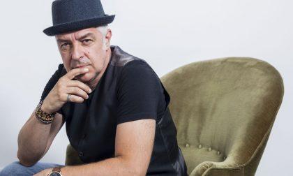 """Davide Van De Sfroos, rinviati gli appuntamenti per """"Manicomi"""""""
