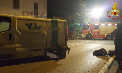 Incidente nella notte, due feriti FOTO