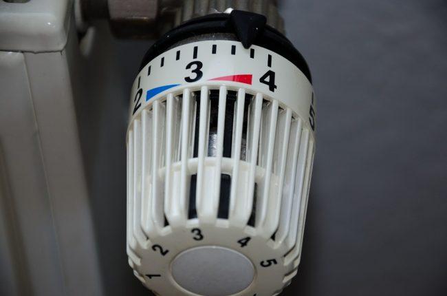 Fuori i vestiti pesanti: da domani calano le temperature (ma si potrà accendere il riscaldamento)