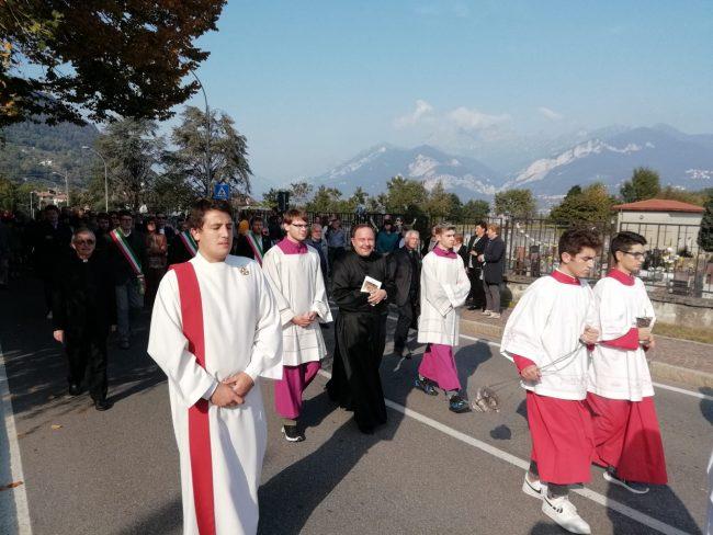 Benvenuto don Paolo: Valgreghentino accoglie il nuovo parroco FOTO
