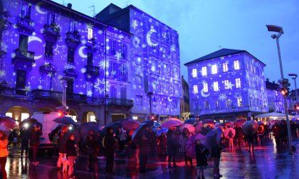 """""""Luci su Lecco"""" è iniziato lo spettacolare Natale della città"""