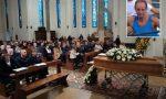 Lo stendardo della Canottieri Lecco sull'altare per l'ultimo saluto ad Attilio