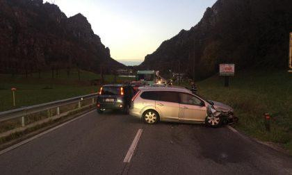 Schianto sulla Provinciale: traffico in tilt