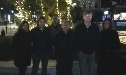 E' già Natale a Calolzio: acceso l'albero e le luminarie FOTO