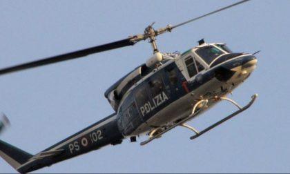 """""""Miracolo di Natale"""": elicottero in avaria compie un atterraggio d'emergenza nel Lecchese"""