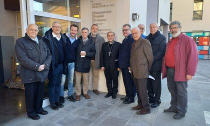 Lecco: sorpresa dell'arcivescovo Delpini in visita al Polo Frassoni FOTO