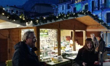 Lecco: tagliato il nastro del Villaggio di Natale FOTO