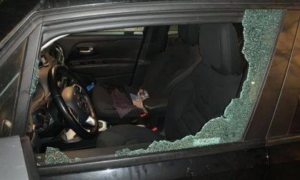 Auto colpita da un sasso sulla Statale 36: paura per un lecchese FOTO