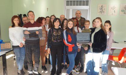 Ali per la scuola: consegnati quattro pc all'Istituto comprensivo di Calolzio