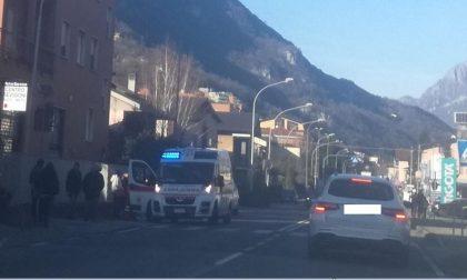 Scontro auto moto sulla Provinciale, ferito un centauro FOTO
