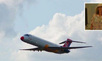 Morta dopo malore sul volo per le Seychelles: oggi l'addio alla 46enne