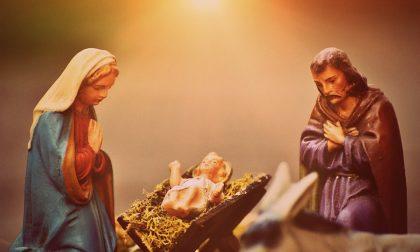 """Rubato Gesù Bambino dal  presepe dell'asilo. L'appello: """"Restituitelo"""""""