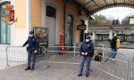 Violenza in stazione a Lecco: ubriaco tira sassi contro il treno VIDEO