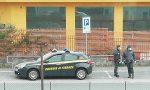 Sequestrate oltre 400mila mascherine e 100mila etichette illegali: nei guai una azienda Lecchese VIDEO