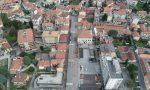 Calolzio, controlli della Polizia locale con il drone: città deserta FOTO