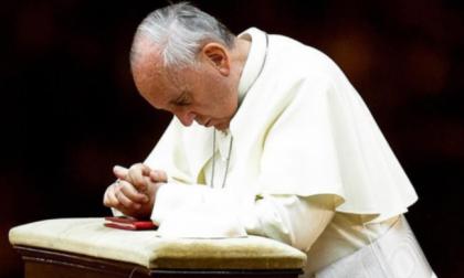 """Papa Francesco ha chiamato il vescovo Beschi: """"Prego per voi bergamaschi"""""""