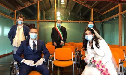 """Valmadrera: matrimonio in mascherina, Rusconi: """"Segno di speranza"""""""