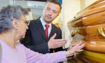 Come scegliere l'agenzia funebre per l'estremo saluto a una persona cara
