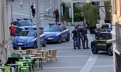 Disordini in piazza XX Settembre, interviene la Polizia