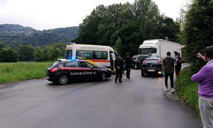In fuga dai Carabinieri, si butta nell'Adda per sfuggire all'inseguimento FOTO