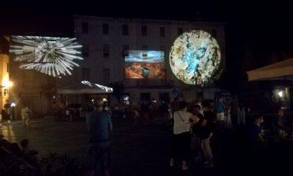 Spettacoli di luci animate in centro, buona la prima VIDEO