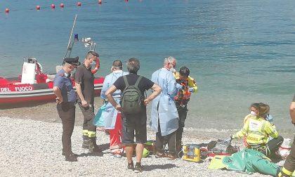 Ancora una tragedia nel lago: 23enne muore dopo un bagno a Riva Bianca FOTO