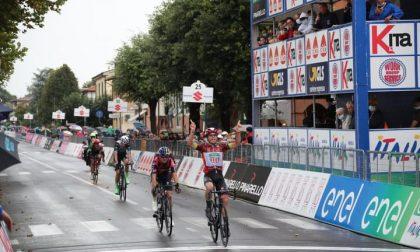 Colnaghi concede il bis al Giro d'Italia e conquista la maglia rosa
